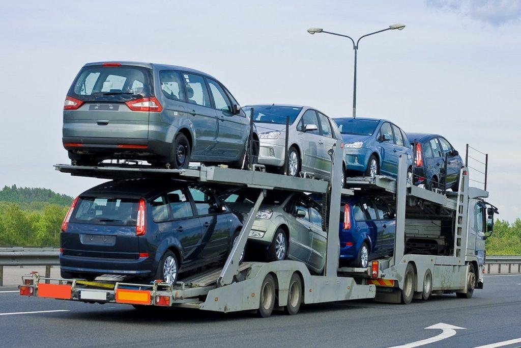 Transporto priemonių transportavimas nuo nupirkimo vietos